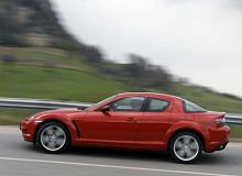 Mazda RX-8 wróciła. W kamuflażu na Nurburgringu testowano dwa auta