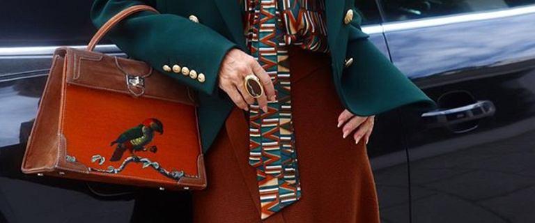 Eleganckie spódnice do pracy dla kobiet po 50-tce. Te fasony modelują sylwetkę i są bardzo modne!