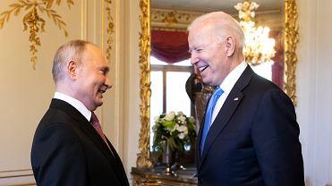 Szczyt w Genewie. Wiemy, jakimi prezentami wymienili się prezydenci Joe Biden i Władimir Putin