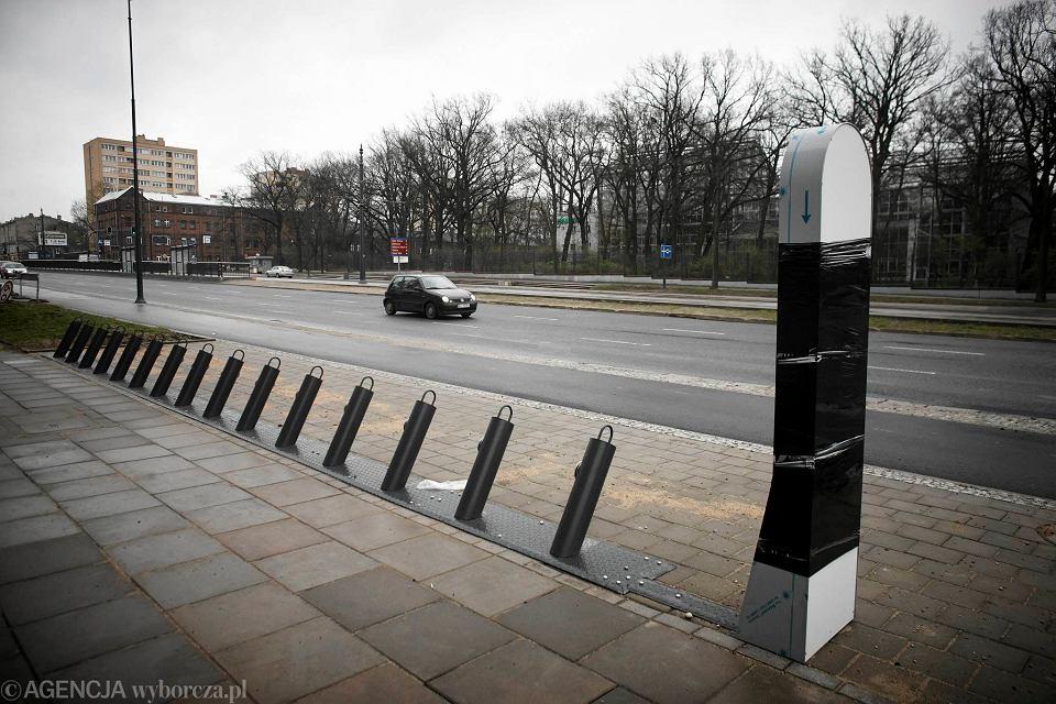 Zdjęcie numer 2 w galerii - Łódzki Rower Publiczny. Terminale w dwóch wersjach, bo...