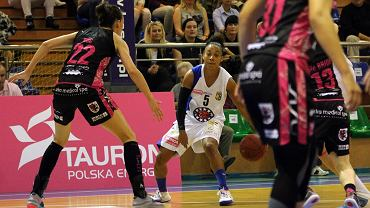 Tauron Basket Liga Kobiet: KSSSE AZS PWSZ Gorzów - Artego Bydgoszcz 93:76 (24:24, 31:23, 18:11, 20:18)