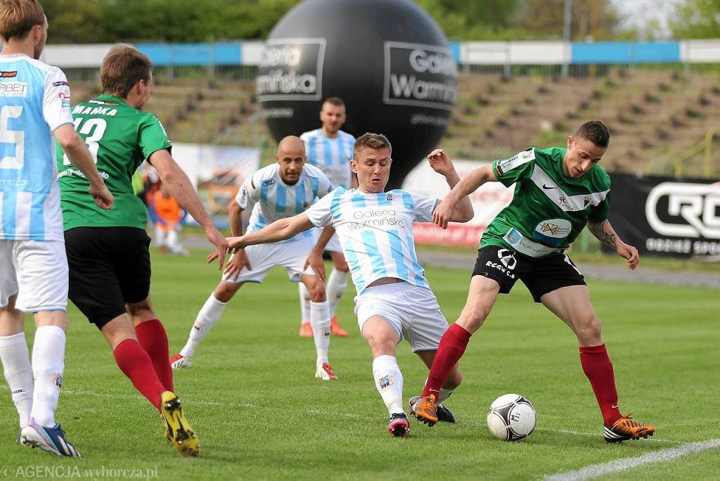 Paweł Głowacki (nr 7)w meczu Stomilu Olsztyn z GKS Tychy