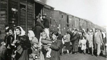 23 sierpnia 1942 r., deportacja około 10 tys. Żydów z getta w Siedlcach do fabryki śmierci w Treblince.