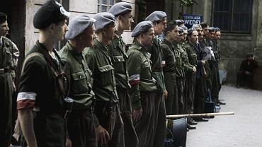 Kadr z filmu 'Powstanie Warszawskie'