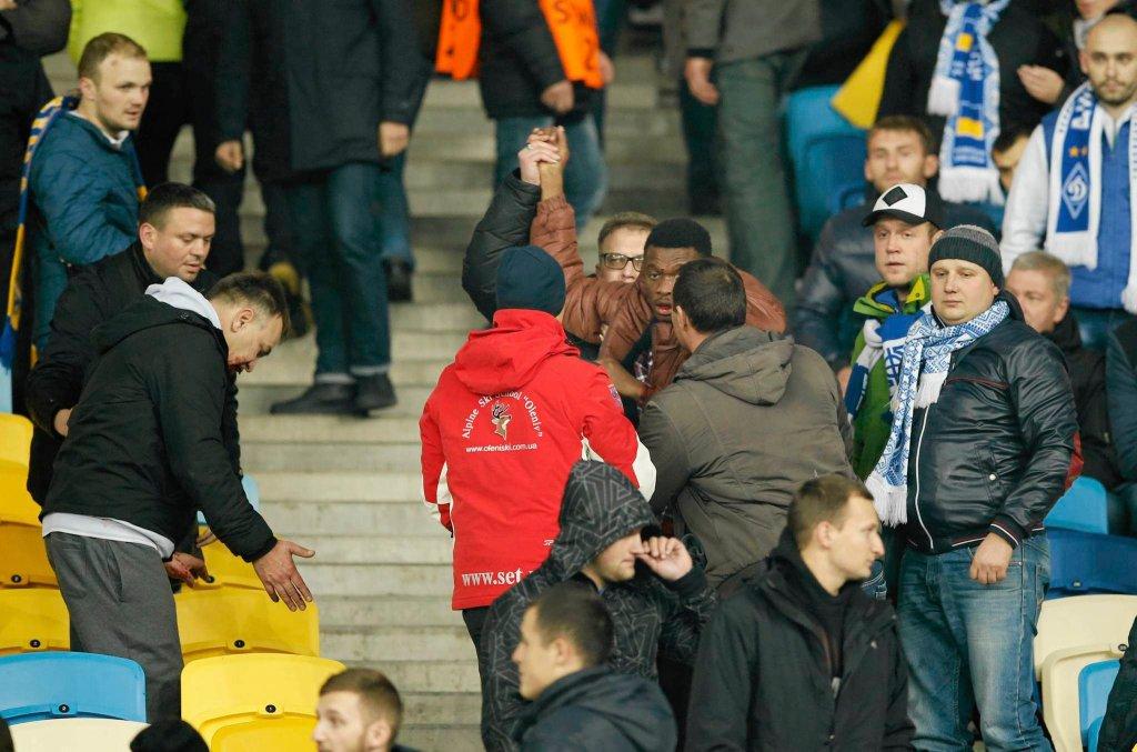 Dynamo Kijów - Chelsea 0:0. Incydent na trybunach