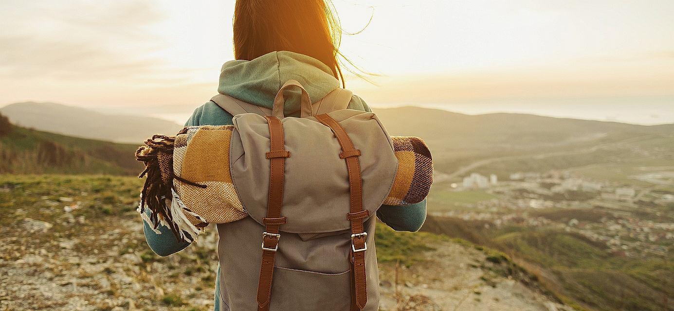 20 sprytnych sposobów na pakowanie i podróżowanie. Miejsce w walizce wykorzystasz co do centymetra, nic nie zgubisz, a przy okazji zaoszczędzisz