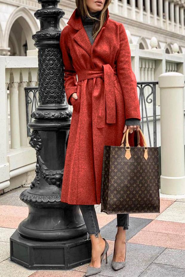 5. Płaszcz z wiązaniem w talii