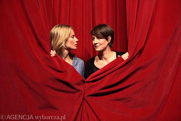 11.12.2014 Warszawa , Och Teatr . Aktorki Magdalena Cielecka (l) i Maja Ostaszewska (p) po probie spektaklu  Upadle Anioly ' .Fot. Jacek Marczewski / Agencja Gazeta