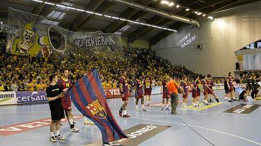 Kielce, 20 listopada 2010. Liga Mistrzów piłkarzy ręcznych: Vive Targi Kielce - Barcelona 26:33