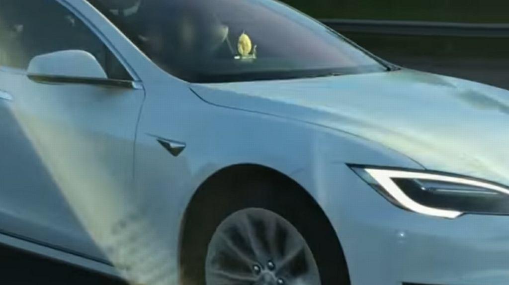 Brytyjczyk jechał autostradą na autopilocie