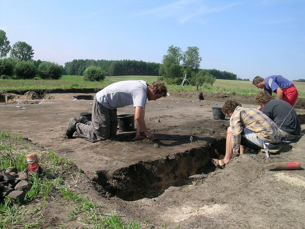 W Bruszczewie odkryto osadę starszą od Biskupina