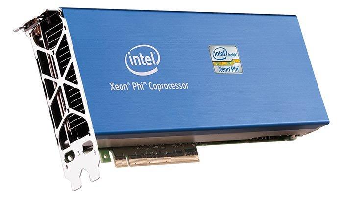 Intel wprowadzi na rynek komputery wyposażone w procesory Xeon Phi. Moc dostępna dla superkomputerów korzystających w koprocesorów Xeon Phi (na zdjęciu) stanie się więc bardziej powszechna