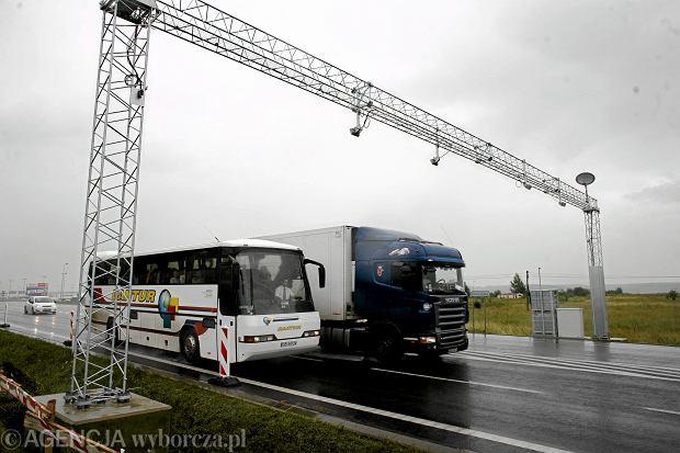 Rząd poszerza sieć płatnych dróg. Nie będzie bezpłatnej alternatywy dla A2, system viaToll także na drogach krajowych