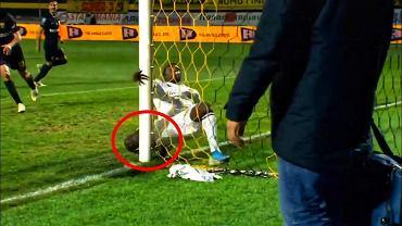 Moussa Wague doznał koszmarnej kontuzji w meczu Aris - PAOK Saloniki
