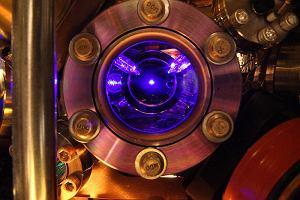 Kwantowy trick daje zegarom atomowym nieziemską precyzję. Badania finansuje wojsko