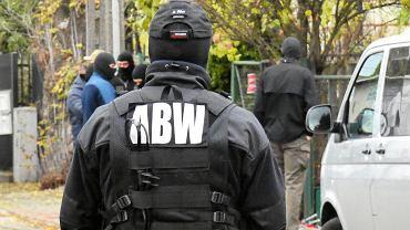 Funkcjonariusze ABW (zdjęcie ilustracyjne)