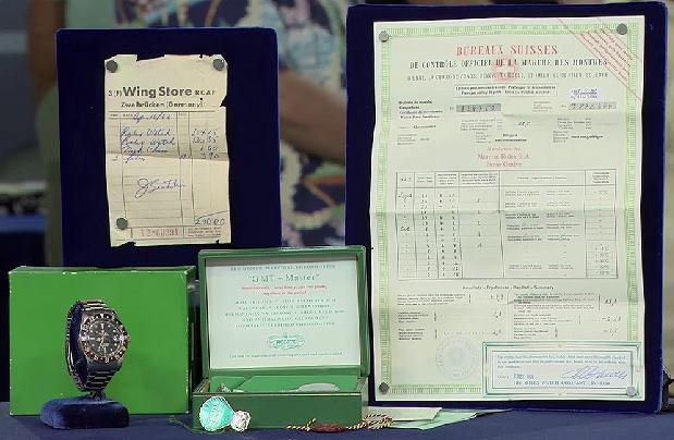 Zachowane dokumenty, oryginalna bransoleta, a nawet rachunek - starszy pan nie zapomniał o niczym