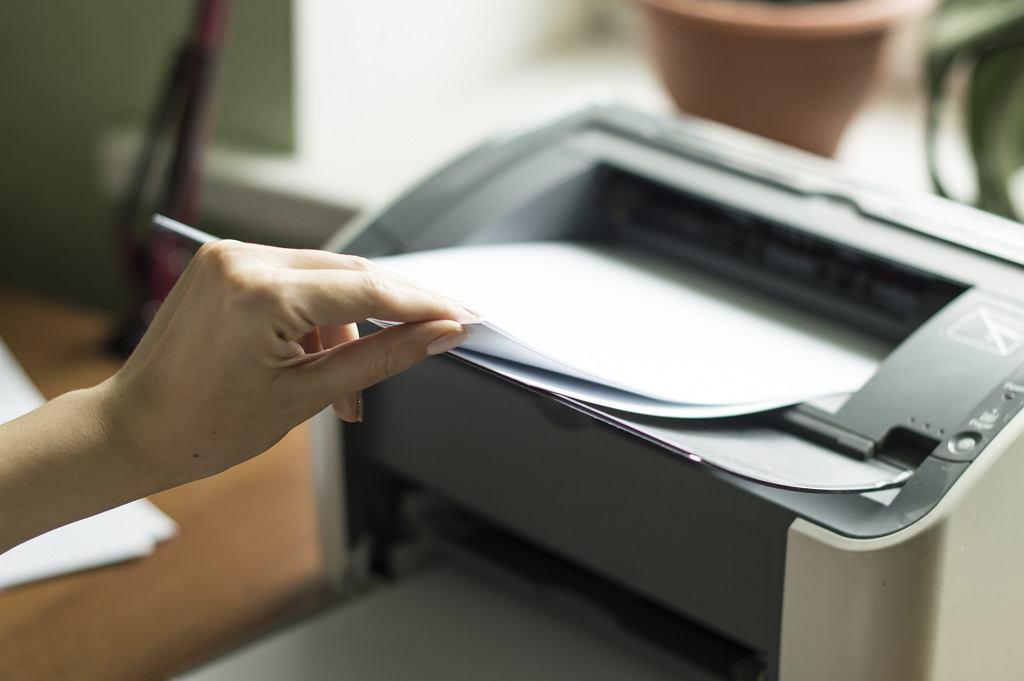 Do których drukarek tusze nie kosztują fortuny? Najbardziej ekonomiczne modele na rynku