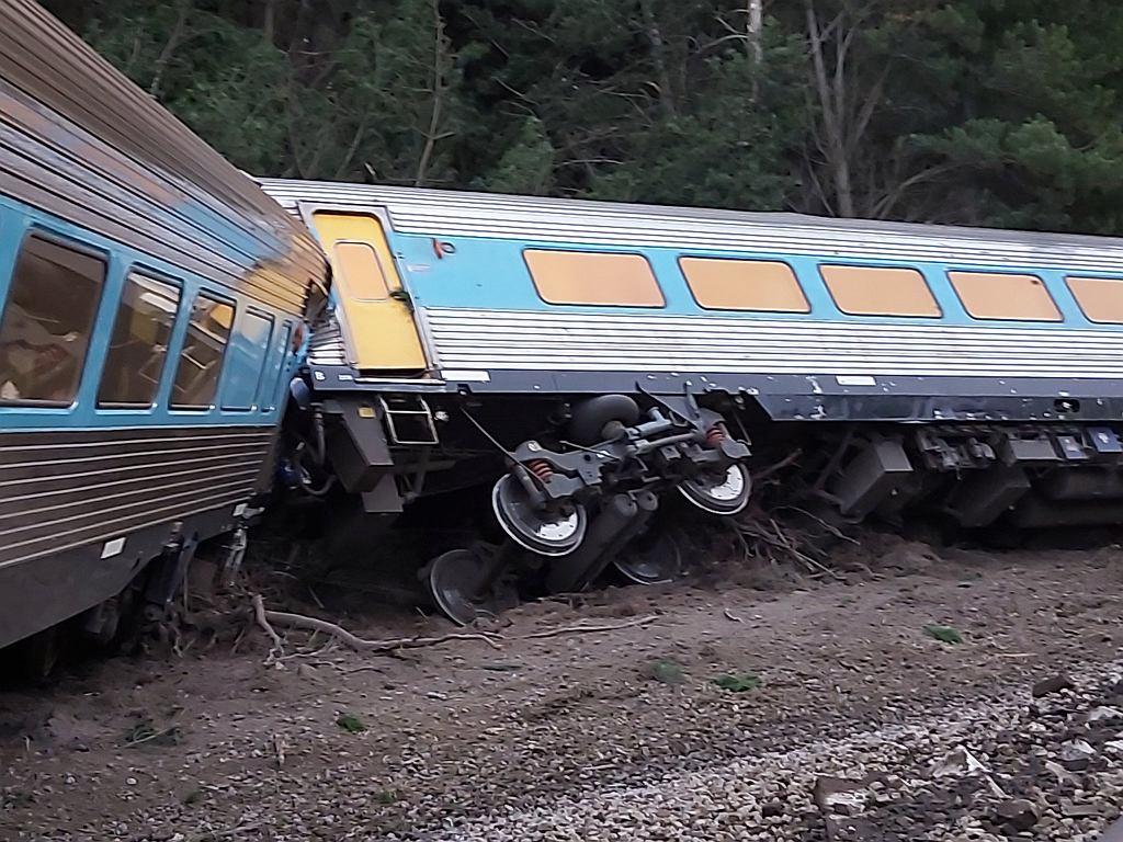 Australia. Wykolejenie pociągu Sydney - Melbourne. Są ofiary śmiertelne
