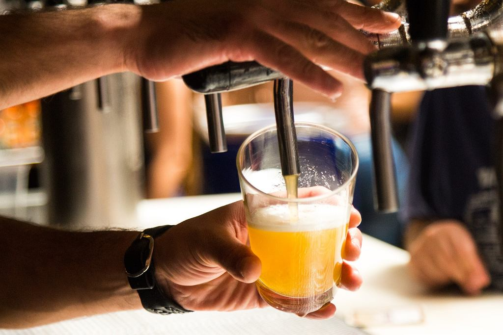 Rząd chce podnieść akcyzę na piwo