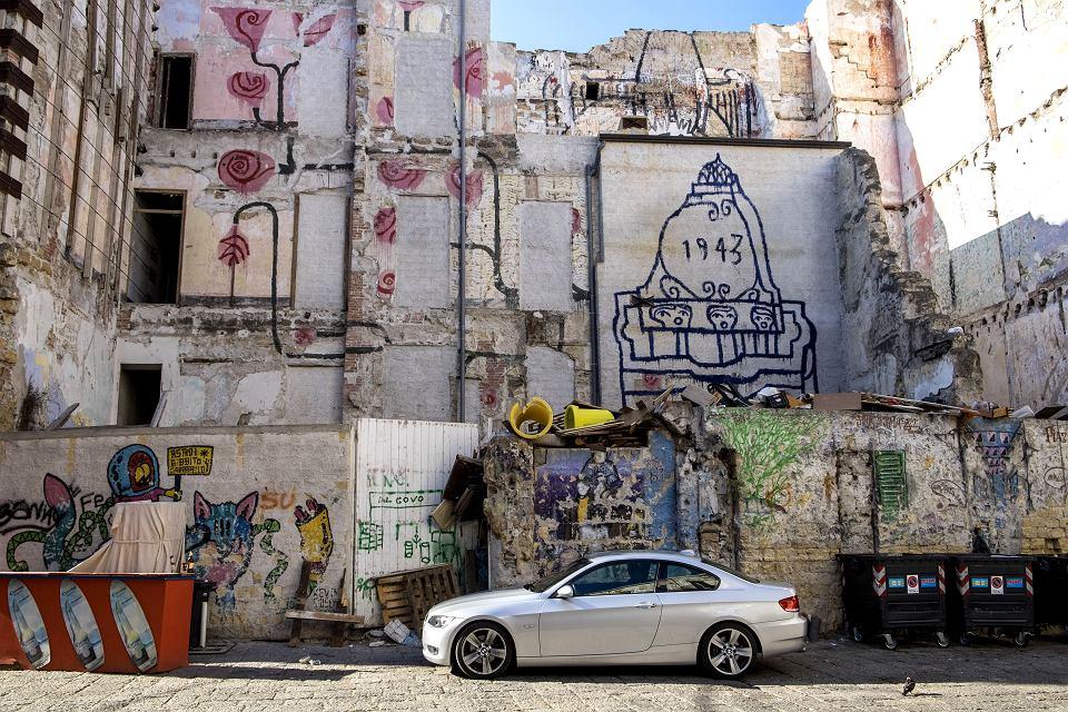Zaniedbane dzielnice Palermo.