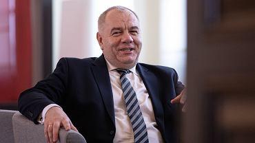 Minister aktywów państwowych w rządzie PiS Jacek Sasin przed posiedzeniem Rady Ministrów. Warszawa, 10 marca 2020