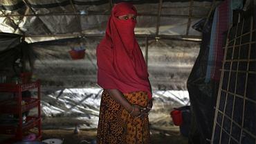 Uchodźcy z Mjanmy. Żołnierze gwałcą kobiety z ludności Rohindża