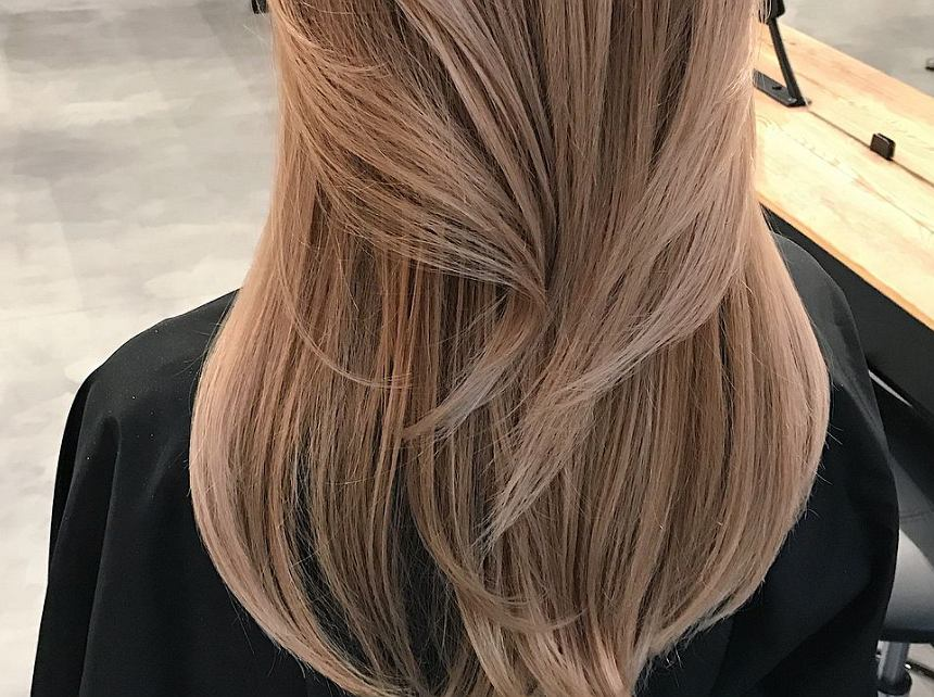 Cieniowane włosy