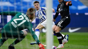 W 13 minut Krzysztof Piątek zmazał plamę. Hertha ucieka spod topora