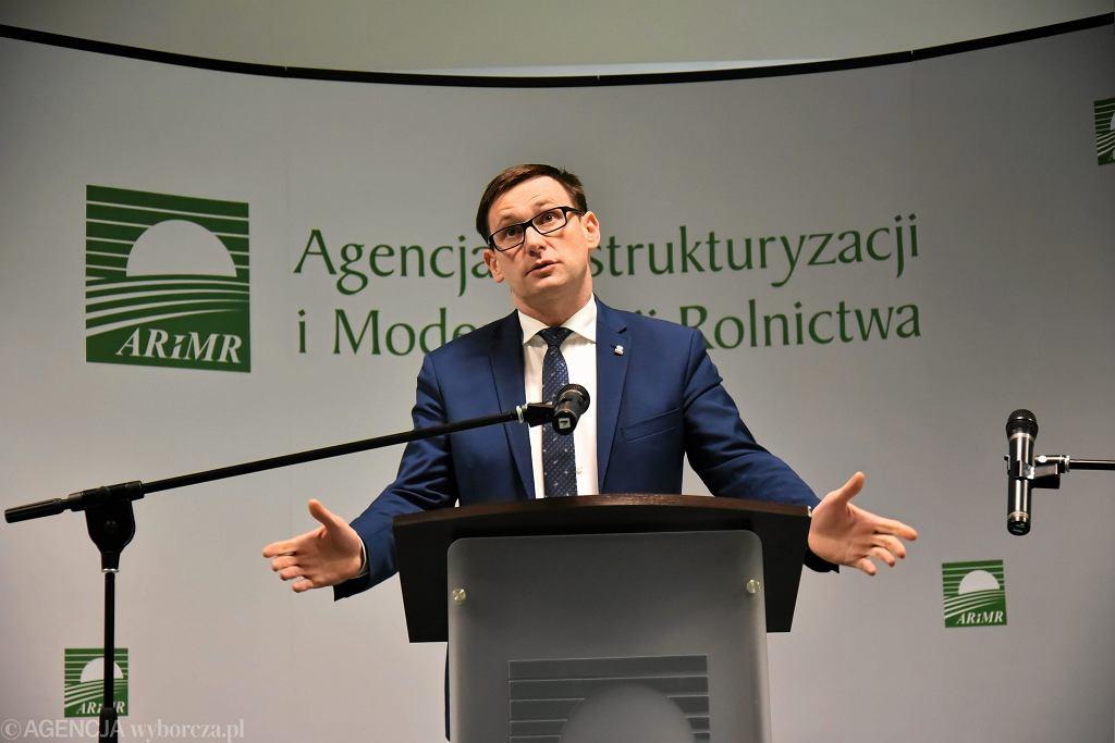Były wójt Pcimia Daniel Obajtek jako prezes ARiMR (obecnie PiS zrobił go prezesem Orlenu). Warszawa, 18 listopada 2016 r.
