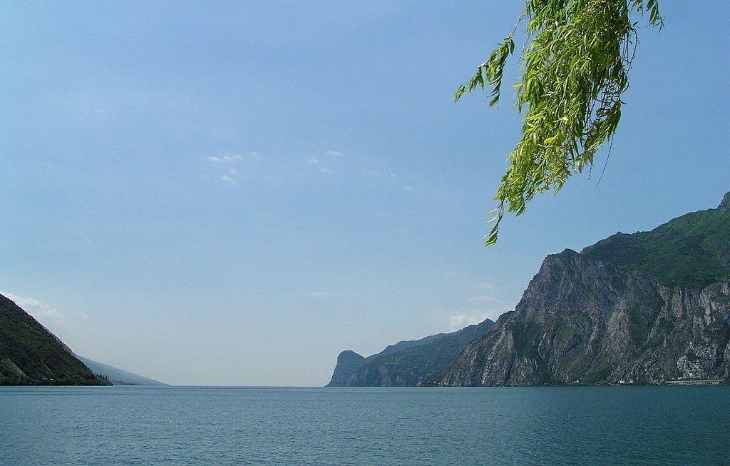 Włochy. 50-letni Polak zaginął w jeziorze Garda