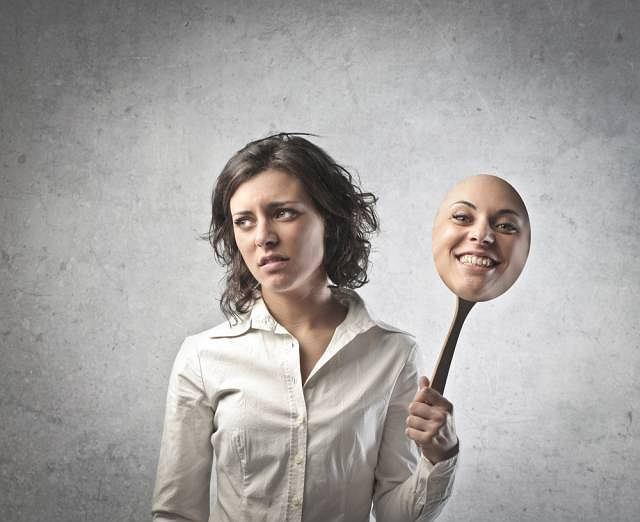 Wybuchy radości przechodzące po chwili w drażliwość i smutek mogą oznaczać poważne zaburzenie psychiczne
