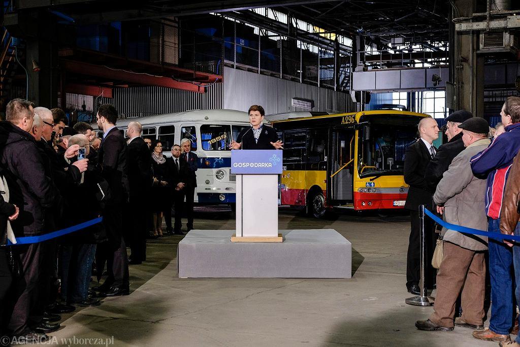 Uroczystość przejęcia fabryki Autosan przez firmy zbrojeniowe w 2016 roku