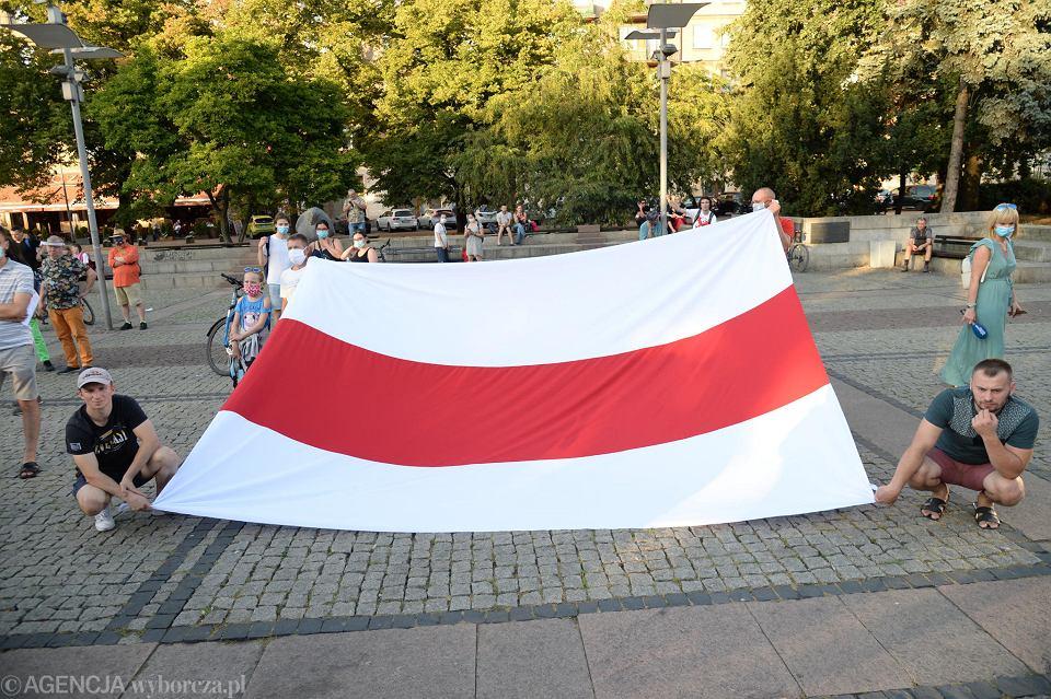 Pikieta 'Usłysz Białoruś. Szczecin Solidarny' na placu Lotników w Szczecinie
