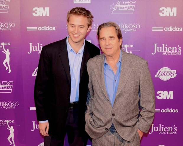 Beau Bridges, Dylan Bridges