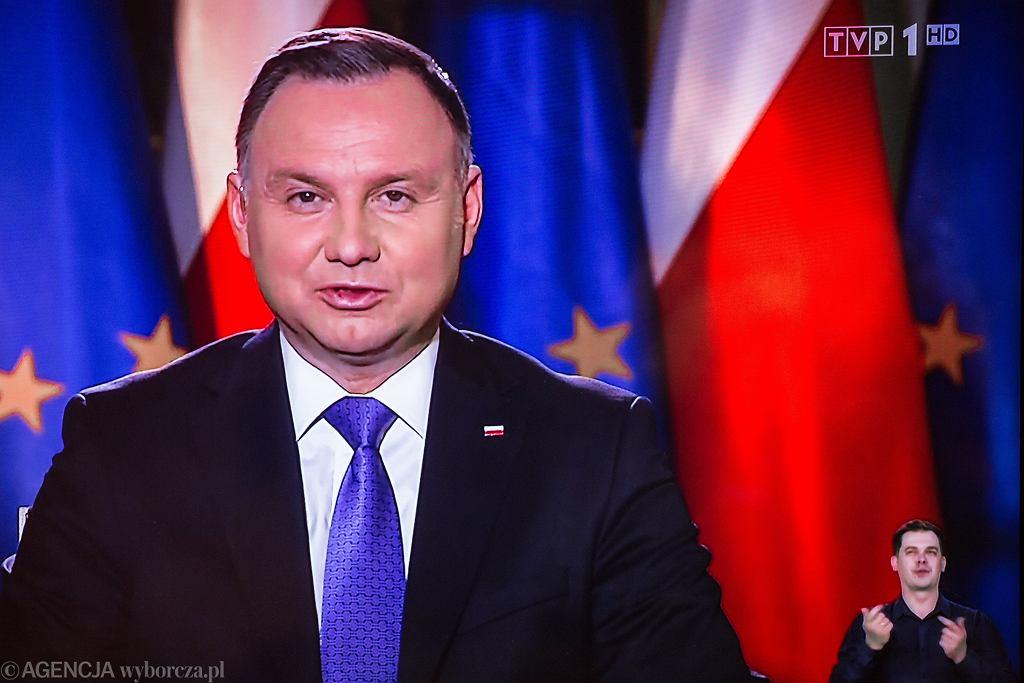 Prezydent RP Andrzej Duda gościem wieczornego wydania 'Wiadomości' TVP.
