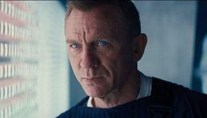 Według najnowszych informacji kolejny film o przygodach Agenta 007 trafi do polskich kin w październiku 2021 roku.
