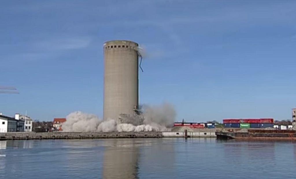 Wyburzenie silosu w Vordingborg (Dania)