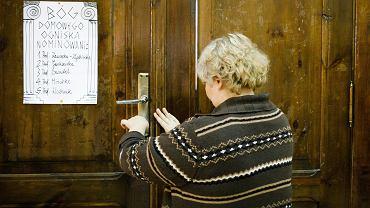 Odwołana próbna matura w kilku liceach w Poznaniu. Część uczniów dowiedziała się o tym już po wejściu do sali egzaminacyjnej