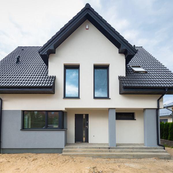 Dom - drzwi wejściowe