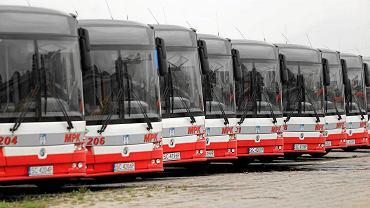 Częstochowa, 24 października 2016 r. Otwarcie stacji tankowania autobusów hybrydowych gazem CNG w zajezdni MPK