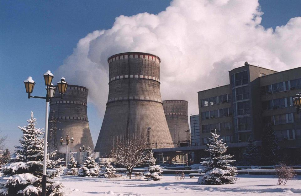 Ukraina oferuje nam dostawy taniego prądu z elektrowni atomowej przy granicy z Polską. Ministerstwo Energii nie wie o przetargu rządu Ukrainy w tej sprawie i nie pali się do importu taniego prądu z Ukrainy.