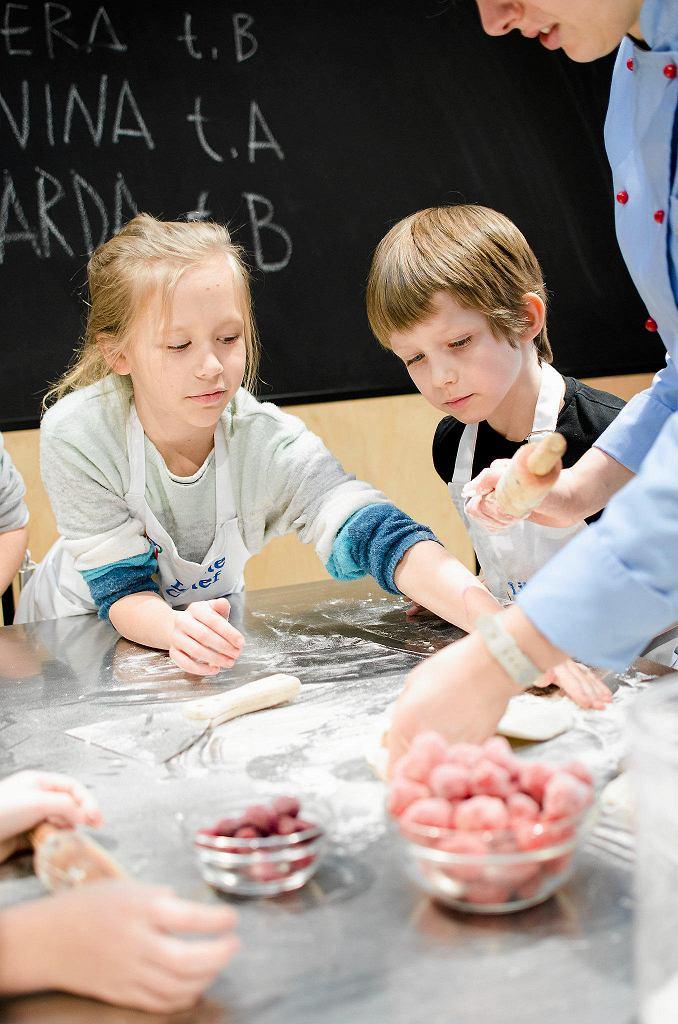 zajęcia kulinarne w szkole Little Chef / CEZARY NOWIŃSKI