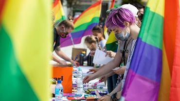 UE podejmie rezolucję, w której uzna swój teren za sferę wolności LGBT+. To odpowiedź m.in. na polskie 'strefy wolne od LGBT'. Zdjęcie ilustracyjne