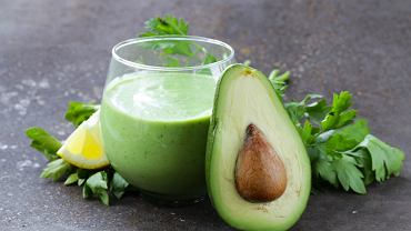 Koktajl z zielonych warzyw i owoców to prawdziwa bomba witaminowa