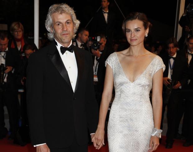 """145284 IP/Starface 2012-05-18   Cannes France   65eme festival International du Film de Cannes. Mont?e des marches du film """"Reality"""". Domenico Procacci et Kasia Smutniak"""