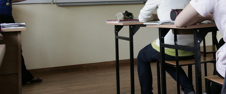 Kilkuset akademików i opozycjonistów apeluje do nauczycieli o zaniechanie strajku