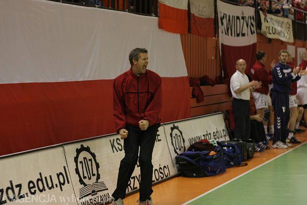 Bogdan Wenta w trakcie meczu Polska - Słowacja, Radom 2005