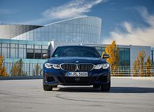 BMW serii 3 w Genewie. M340d xDrive oraz ładowane z gniazdka 330e