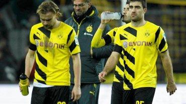 Smutni piłkarze Borussii po kolejnej porażce